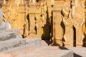 Shwe Indein Pagodas — Stock Photo