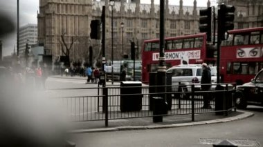 Busy Traffic on Parliament Square London — Stock Video