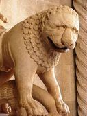 Stony lion,romanesque style — Stock Photo