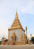 Svatyně pravdy a památník v singburi, Thajsko — Stock fotografie