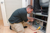 AC Repair Man — Stock Photo