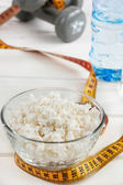 Cottage cheese diet, sports nutrition — Stock Photo