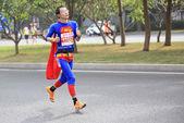 Unidentified athletes running at the shenzhen international marathon — Stock Photo