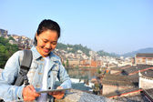 Woman tourist use tablet pc — Foto de Stock