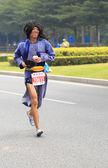 Dziesiątki niezidentyfikowane sportowców w shenzhen międzynarodowy maraton — Zdjęcie stockowe