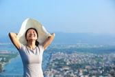 Woman on mountain — Stock Photo