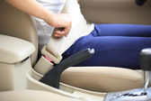 Driver buckles up — Stock Photo