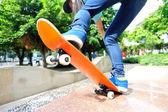Mujer skate — Foto de Stock