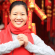 Woman wishing you a happy chinese new year — Stock Photo