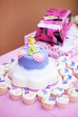 Decorated birthday cake for a little girl — Foto Stock