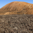Volcano in Timanfaya National Park in Lanzarote, Canary Islands — Stock Photo