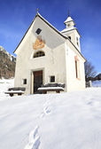 Antholz Obertal church in winter — Stock Photo