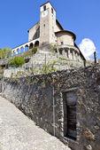 Traona, viewscape of St Alexander church, Valtellina, Italy — Stock Photo