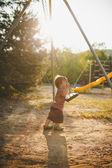 Dítě na houpačce — Stock fotografie