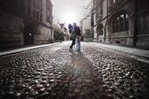 Street kiss — Stock Photo