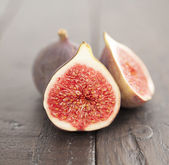 Fig on wood — Stock Photo