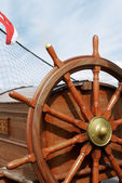 Steering wheel of a sailing ship — Stockfoto