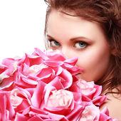 Magnífico retrato de uma mulher jovem e bonita — Fotografia Stock