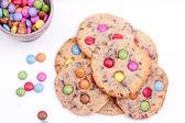 Crisp chocolate chip cookies — Stock Photo