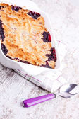 Cherry crumble — Stock Photo