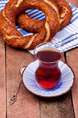 Tea and turkish bagel — Stock Photo