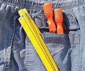工具和牛仔裤口袋 — 图库照片