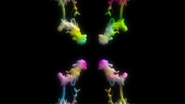 Tinta color reflejada con canal alfa — Vídeo de stock