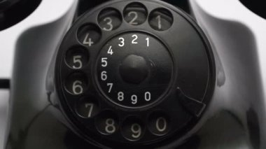Old vintage black retro telephone with sound — Stock Video