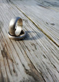 Old wedding rings — Stock Photo
