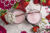 Strawberry mousse coctail  — Stok fotoğraf