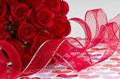 Růže a stuha — Stock fotografie
