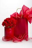 St. valentinstag geschenke — Stockfoto