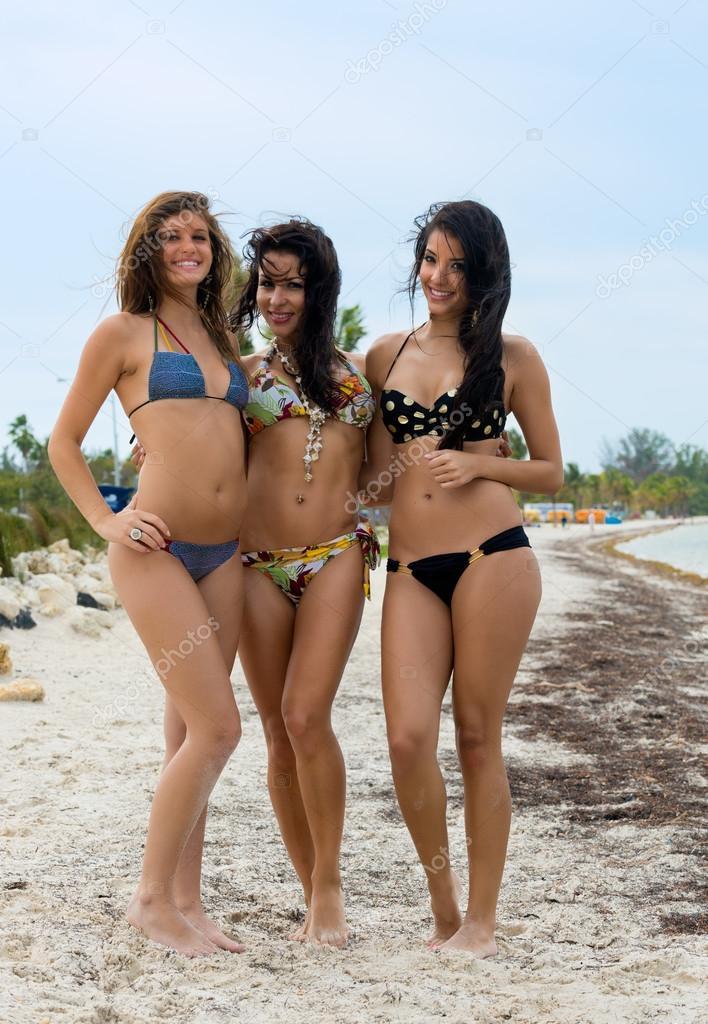 Women In Bikinis Three Romanian 79