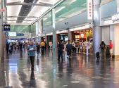 терминал d в международном аэропорту майами — Стоковое фото