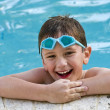 Having fun in the pool — Stockfoto