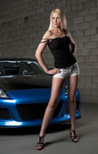 Sesual blond and car — Stock Photo
