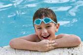 Divertirse en la piscina — Foto de Stock