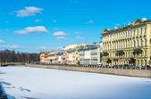 St. Petersburg frozen streets — Stock Photo