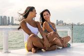 Female friends having fun — Stock Photo