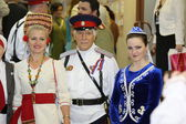 Representatives of the people of Moscow area in national dresses — Stock Photo