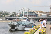 Summer walk on the Embankment of Moscow of the river — Stock Photo