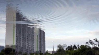 Riflessioni di blocco appartamento in un lago, corea del sud — Video Stock