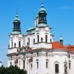Church of St. Nicholas in center of Prague — Stock Photo #37596617