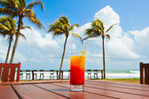 Drink on the beach — Stock Photo