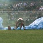 Adunata alpini 2013 Piacenza: paracadutisti — Stock Photo