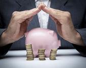 Salvando o conceito de dinheiro — Foto Stock