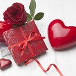 Valentines gift box and card — Stock Photo