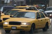NYC Taxi im Regen — ストック写真