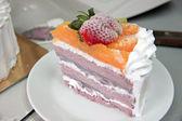 Ice Cream fruit cake. — Foto de Stock