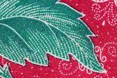 泰国的蜡染布裙的绿叶模式. — 图库照片